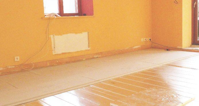 Chape s che ou chape l g re pour plancher chauffant sec caleosol et jupiter toutes les for Plancher chauffant renovation carrelage